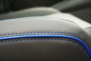 Seat Leon Buffalino Leder Zwart Bies Blauw Detail