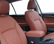 Subaru Outback Buffalino Leder Mustangbruin Diamond Stiksel