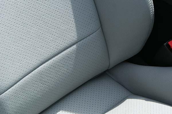 Mazda MX5 Alba eco-leather Titaniumgrijs Detail
