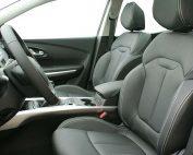 Renault Kadjar Buffalino Leder Zwart Wit Stiksel Voorstoelen