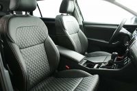 Skoda Superb Alba eco-leather Zwart Diamond Stiksel Voorstoelen