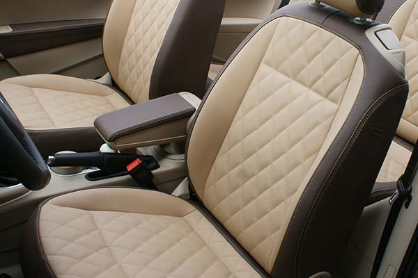 VW Beetle Cabrio Buffalino Chocoladebruin Beige Diamond Stiksel Voorstoelen