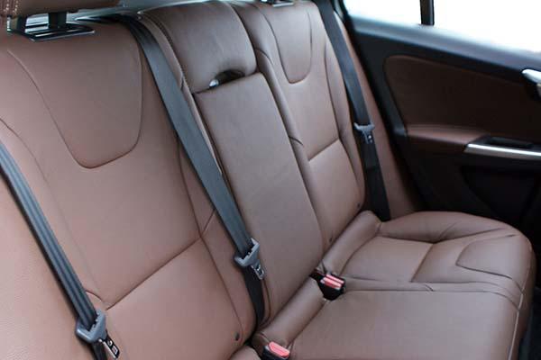 Volvo V60 Buffalino Leder Nougat Bruin Achterbank